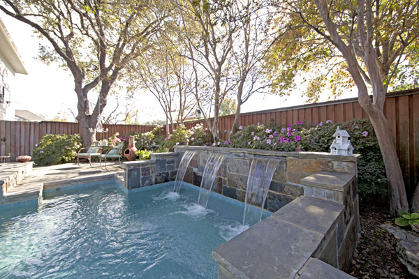 Water features, ponds, fountains, swimming pools Suburban ...